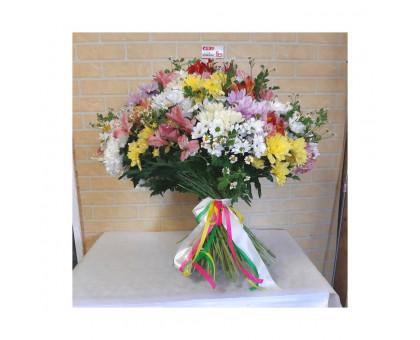 Весенний букет из 101 цветка микс!
