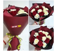 17 white-red roses in Korean craft!