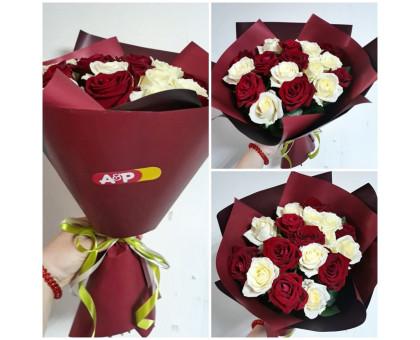 17 white-red roses in Korean craft!