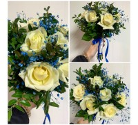 Bridal bouquet in blue shades!