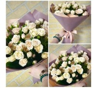 A bouquet of cream spray roses!
